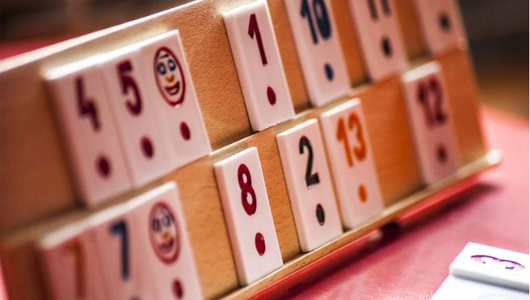 Suchen Sie mehr als Blackjack? Probieren Sie Rummy aus!